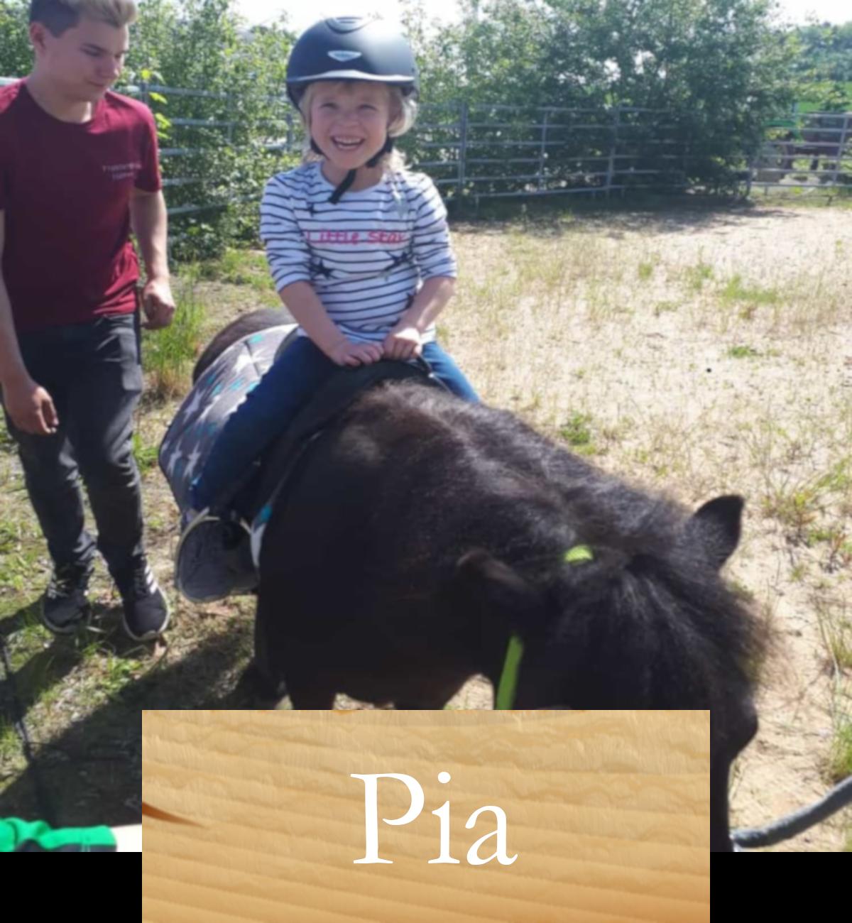pia_pony_zugeschnitten